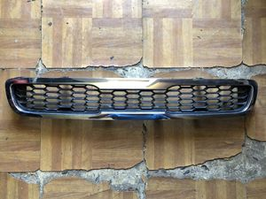 2010-2011 Kia Soul Grille Upper for Sale in Encinal, TX