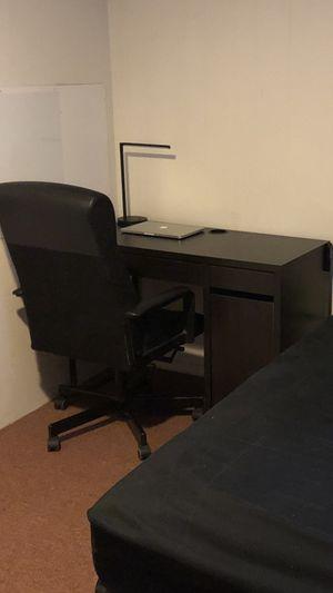 Free Desk for Sale in Colma, CA