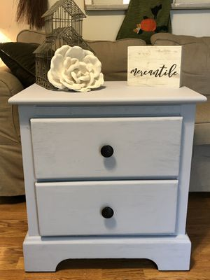 Nice Farmhouse Style NightStand/End Table for Sale in Franklin, TN