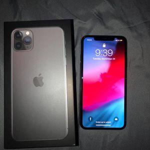 iPhone 11 Pro Max 256 GB (READ DESCRIPTION) for Sale in Orlando, FL