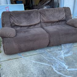 2 Brown Recliner Sofa for Sale in El Sobrante,  CA