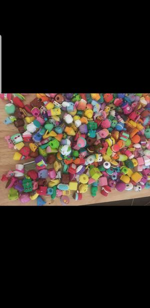 Shopkins over 400 pieces from season 1 tru 4 in good condition will trade for electronics nothing old for Sale in Lancaster, CA