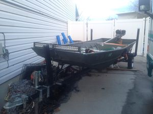 14 ft flat bottom Jon boat for Sale in Salt Lake City, UT