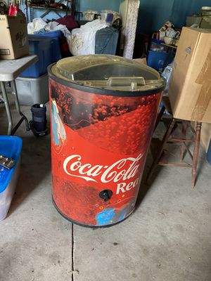 Cooler for Sale in Lancaster, OH