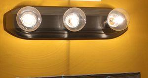 Light fixture for Sale in Darnestown, MD