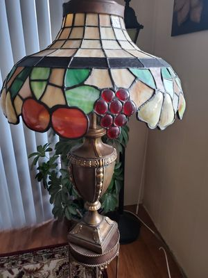 Vintage stained glass lamp for Sale in Home, WA