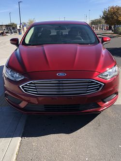 2017 Ford Fusion Clean Title With Only 70k Miles for Sale in Glendale,  AZ