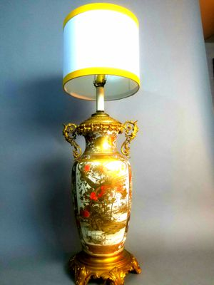 Antique Satsuma Original Hand Painted Japanese Vase Lamp for Sale in Seattle, WA