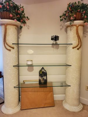 Beautiful Glass Display for Sale in Annandale, VA