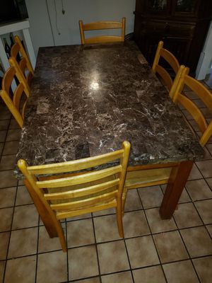Dining table for Sale in Riverside, CA