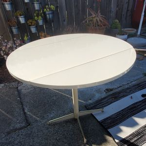 Free Table. Foldable sides for Sale in Palo Alto, CA