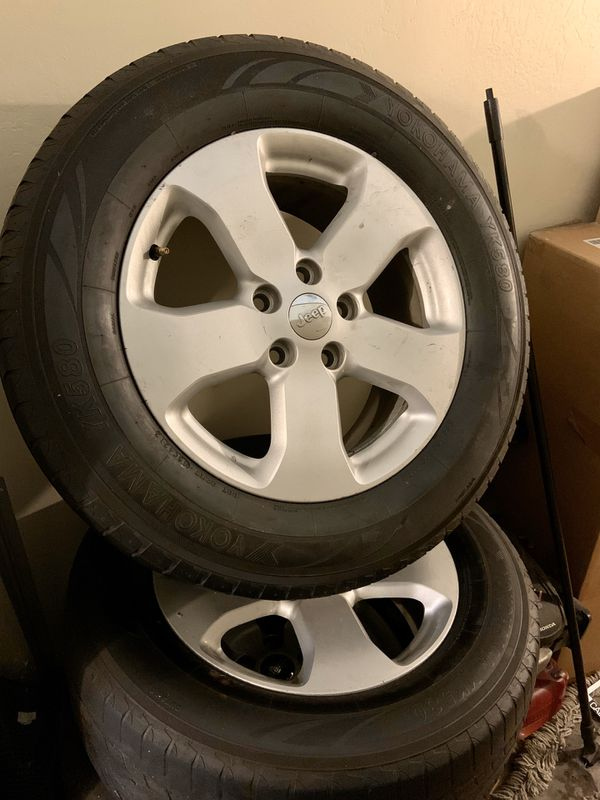 Set of rims and wheels for a jeep Cherokee 265/60R18