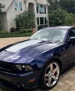 Mustang Ford 2010 for Sale in Washington,  DC