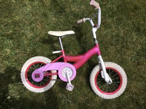 Girls Kids Bike (Size 8) for Sale in The Bronx, NY