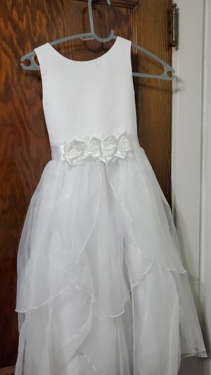 Flower girl dress for Sale in Cleveland, OH