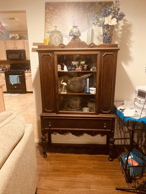 Antique china cabinet from England for Sale in Pasadena, TX