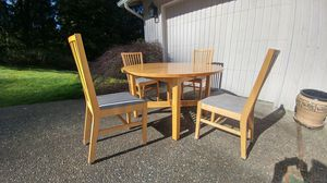 Kitchen table and chairs for Sale in Bothell, WA