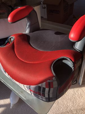 Evenflo booster seat in excellent condition for Sale in Ellington, CT