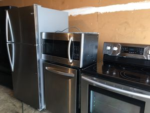Really Beautiful like new stainless steel Fridge stove microwave dishwasher,perfect for apartment or small houses for Sale in Winter Park, FL