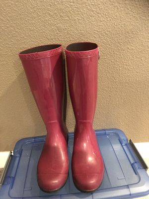 Ugg rain boots size 6 for Sale in Patterson, CA