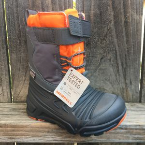 Merrell toddler boys snow quest boots Sz 7 for Sale in Riverside, CA