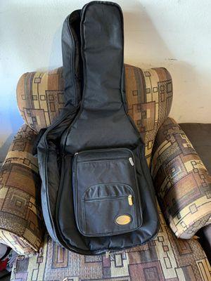 Guitar bag excellent condition for Sale in Rancho Santa Margarita, CA