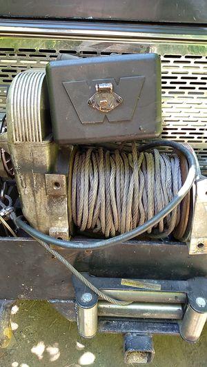 Warn upright 8000 lb winch for Sale in Monroe, WA