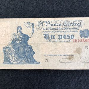 One peso Argentinian banknote from the 1940s for Sale in Hollywood, FL
