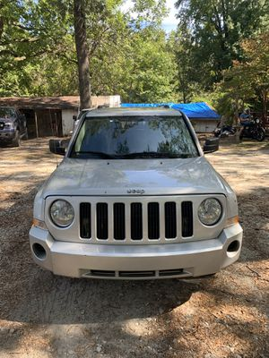 2010 Jeep Patriot sport 5-speed for Sale in Forest Park, GA