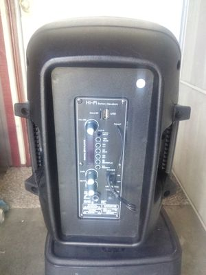 Speaker and a mic for Sale in Sanger, CA
