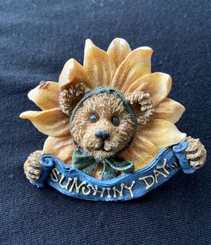 Vintage Boyds Bears Resin Sunflower Brooch for Sale in Williamsport, PA