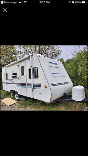 2000 Mallard travel trailer for Sale in Charlotte, MI