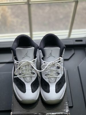 Jordan retro low 11 SZ.7 for Sale in Fort Washington, MD