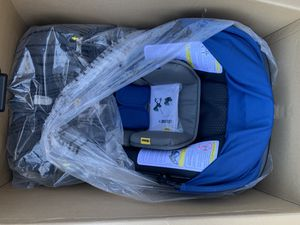 New Doona stroller car seat in one in royal blue for Sale in Anaheim, CA