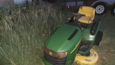 Riding lawnmower for Sale in Tuscola, TX