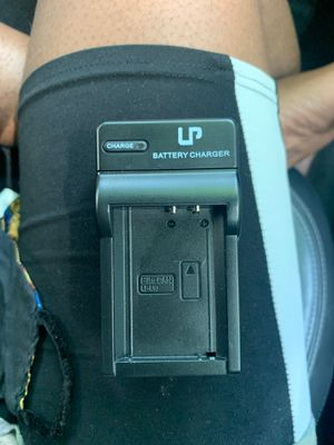 Battery charger LP-e10 for Sale in Philadelphia, PA