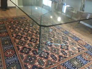 Glass dining room table for Sale in Maple Valley, WA