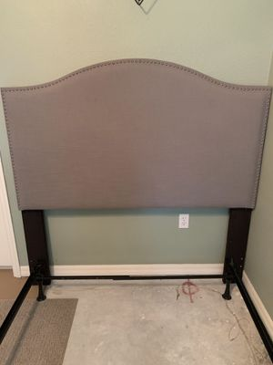 Queen/full grey headboard with metal bed frame for Sale in Auburndale, FL