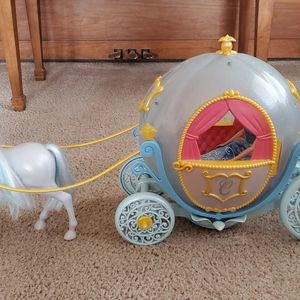Disney Princess Cinderella Horse And Carriage for Sale in Gilbert, AZ