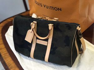 Supreme X Louis Vuitton Duffle Bag for Sale in Key Biscayne, FL