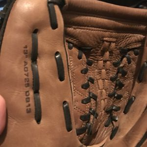 DeMarini Softball Glove for Sale in Miami, FL