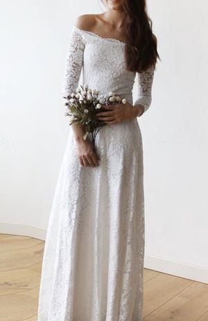 New Ivory Off Shoulder Lace Wedding Maxi Dress Never Worn Small/Medium Size 4-8 for Sale in Woodstock, GA