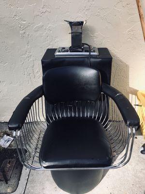 Salon dryer 1st comes 1st serve for Sale in Pompano Beach, FL