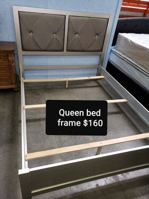 Queen bed frame $160 available today for Sale in Long Beach, CA