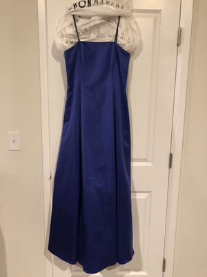 Royal blue dress size 10P for Sale in Puyallup, WA