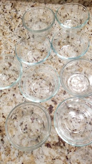 9 pyrex bowl for Sale in Coconut Creek, FL