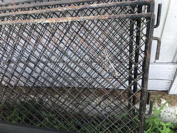 5 Gates for stall door approx 4'wide 3'high Discount if you purchase all of them.
