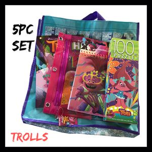 NWT Kids Trolls 5Pc Gift Set for Sale in West Des Moines, IA