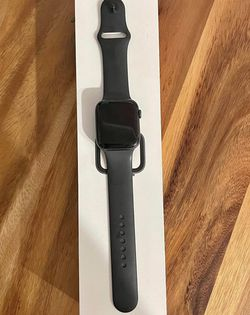 APPLE WATCH Series 4, 40MM for Sale in Vancouver,  WA