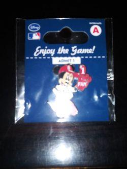 Disney Minnie Pin From Disney C1 for Sale in Everett,  WA